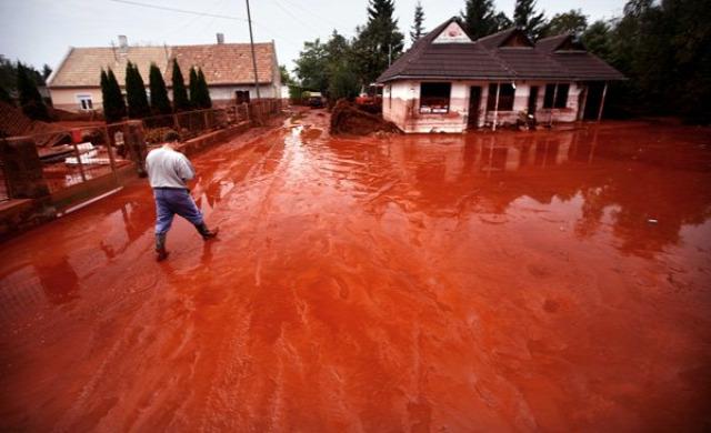vörösiszap építés turi attila öt év házak devecser mal katasztrófa archichat mezei dániel kendik géza