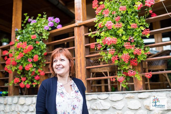 Domony Pest megye recepciós pedagógus tanár énekkarvezető