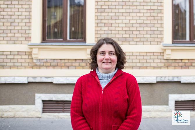 szociális munkás anyakönyvvezető pénztáros Siklós Baranya megye