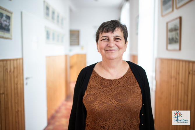 Csót tanár pénztáros Veszprém megye