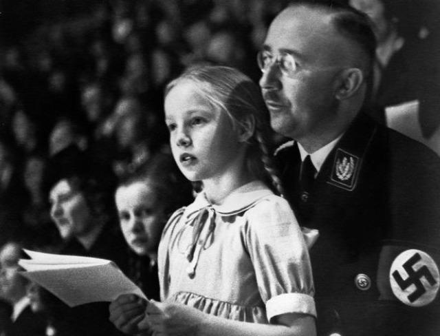 család háborús bűnös holokauszt