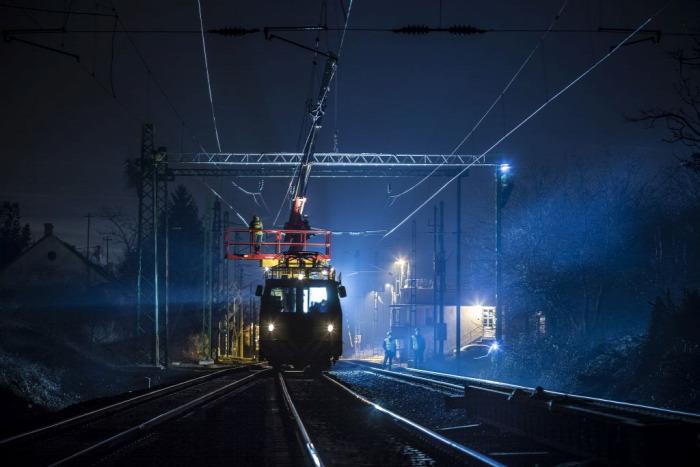 vasút felújítás százhalombatta NIF