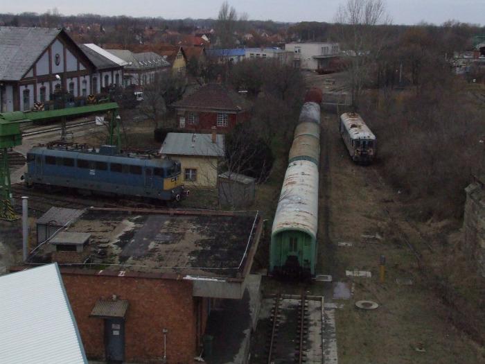 Szeged vasút villamos vasútvillamos EU beszerzés