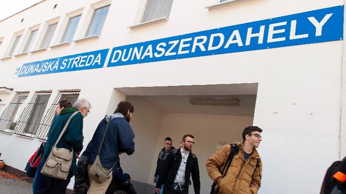 Szlovákia vasút politika