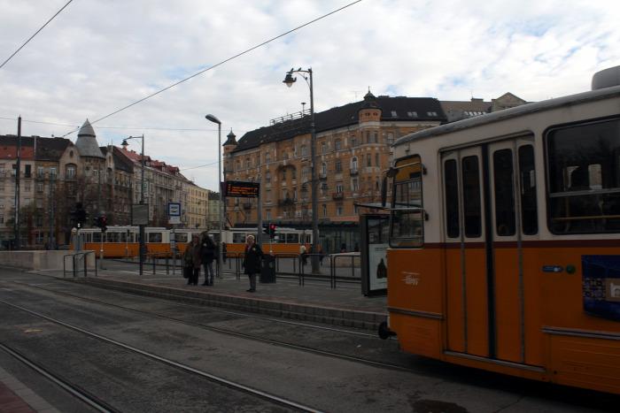 Budapest Fonódó villamos villamos Futár