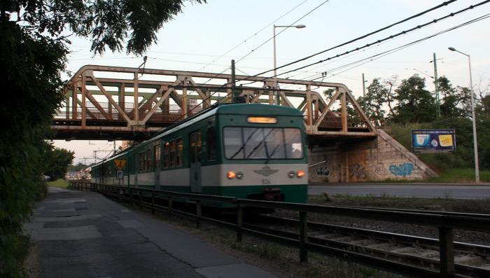 Budapest gyorsvasút metró Gödöllő Szentendre HÉV MÁV-HÉV éjszaka