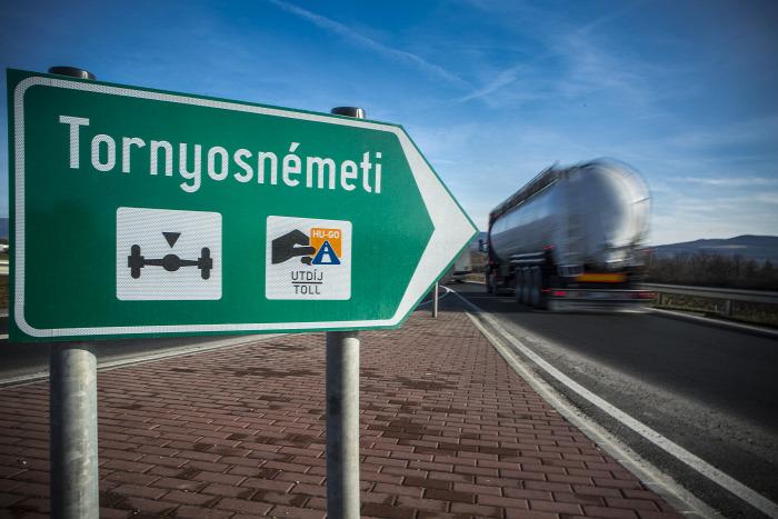 Strabag Colas Hódút Duna Aszfalt közút M30 autópálya útépítés beszerzés Szlovákia Kassa Miskolc NFM