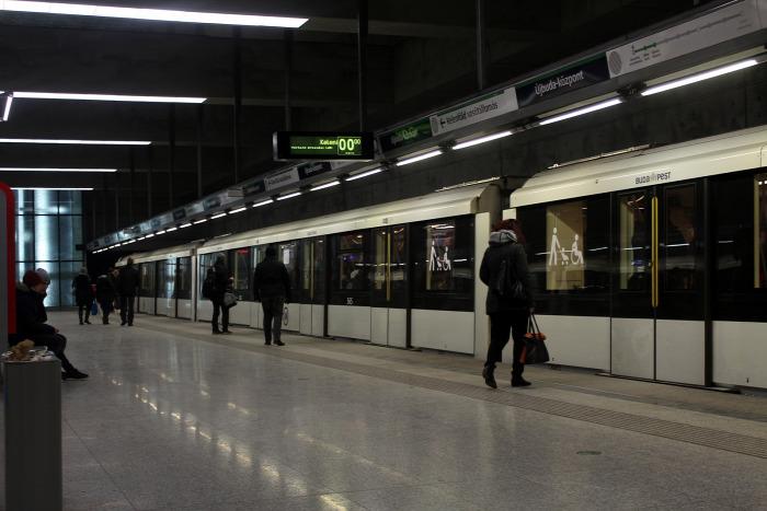 metró Budapest BKK gyorsvasút 2-es metró 4-es metró