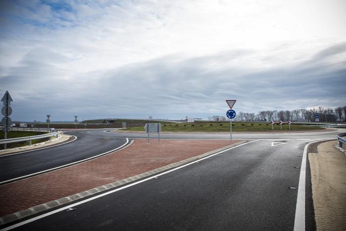 közút útépítés NIF NFM Magyar Közút autóút Sopron M85 Strabag