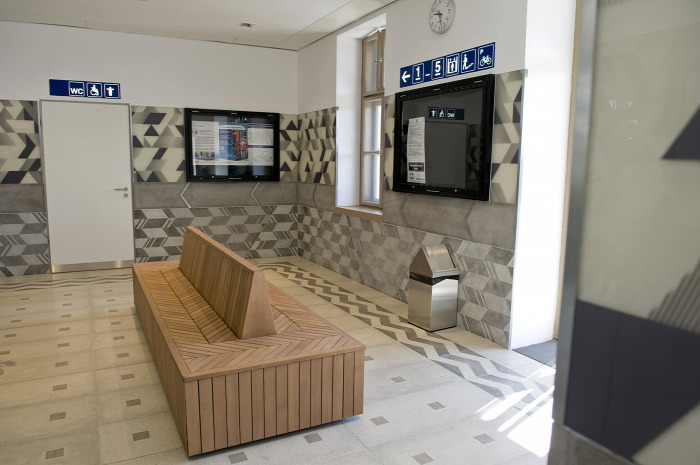 vasút magazin Karcag MÁV építészet beszerzés dizájn felújítás