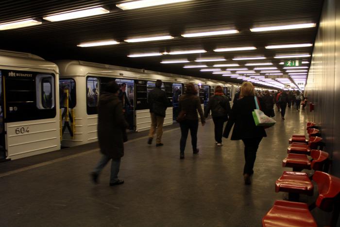 metró Budapest 3-as metró Metrovagonmas Tarlós István gyorsvasút felújítás beszerzés