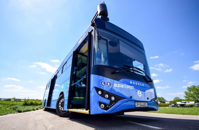 metró 3-as metró gyorsvasút pótlás busz közút Budapest buszgyártás BKV