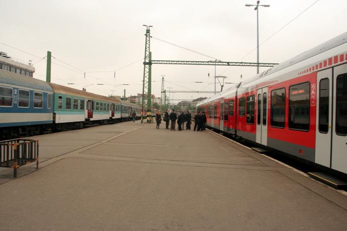 vasút Stadler Flirt beszerzés dizájn MÁV MÁV-Start