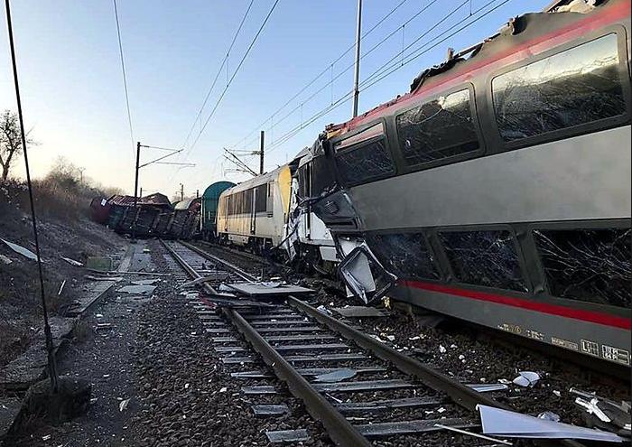 vasút baleset Luxemburg