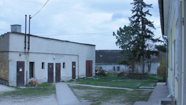 iskolai mosdófelújítási program Mátyás Király Általános Iskola Csór mosdófelújítási program mosdó felújítás