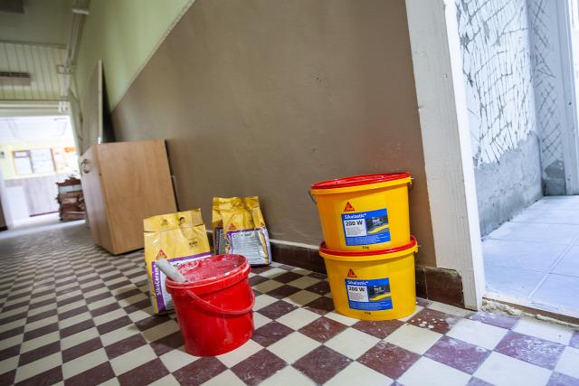 sika hungária iskolamosdófelújítás domestos vízszigetelés