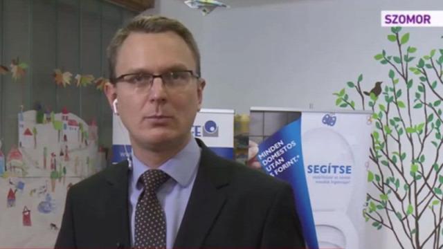 dr. Rétvári Bence Kézdi-Vásárhelyi Imre Általános Iskola mosdófelújítás Szomor Domestos