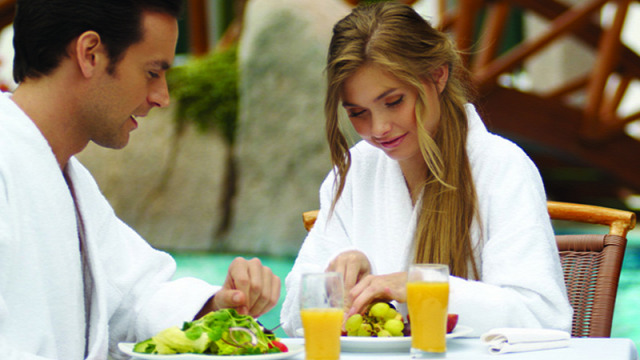 Hotel Carbona Hévíz NaturMed immunerősítés tavaszi fáradtság egészséges táplálkozás táplálkozás vitaminok