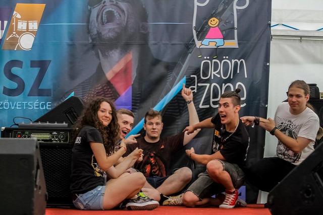 zene alternatívák hangszert a kézbe tá-ti-ka zenepedagógia gitártábor budapest music expo