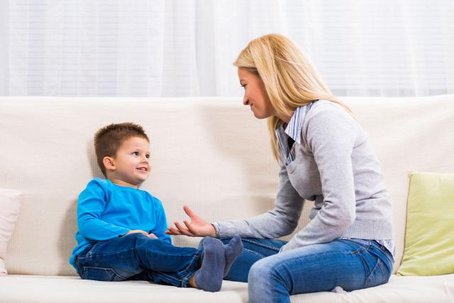 szülői kommunikáció hogyan mondjam el szülő gyerek kommunikáció Friedemann Schulz von Thun 4 fül elmélet családi veszekedés