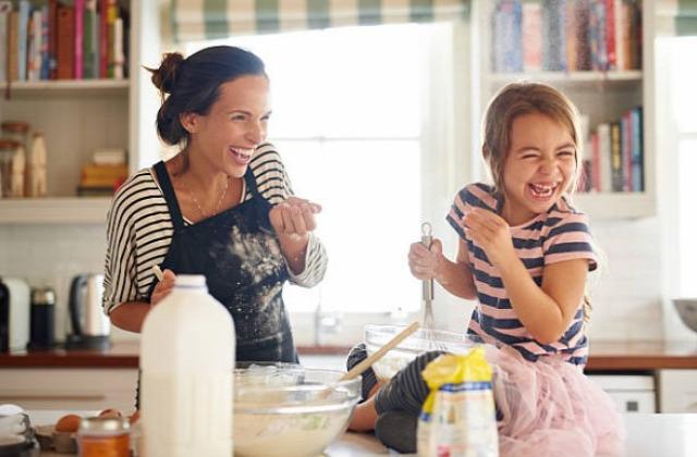 minőségi idő szülőknek házimunka közös főzés