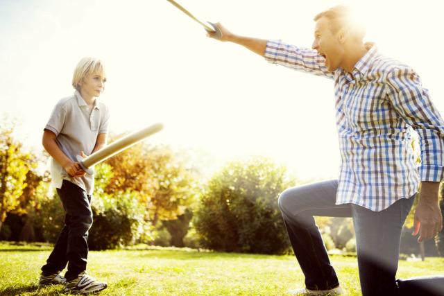 Pethő Orsolya szülőknek társasjáték Kölyökszervíz hiszti engedetlenség stressz önbizalom énerő kapcsolódás testvérféltékenység unalom félelmek