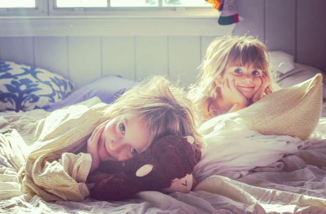 szertartások reggeli ébredés szülőknek
