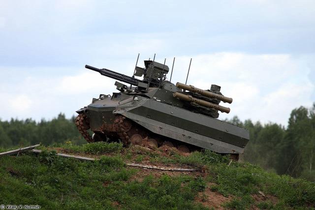 oroszország földön drón felfegyverzett robot hadsereg robot