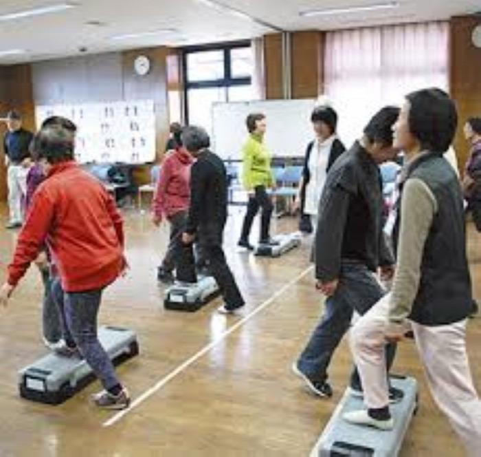 csont japán idősek idősek otthona aktív mozgás fiatalság egészség öregedés