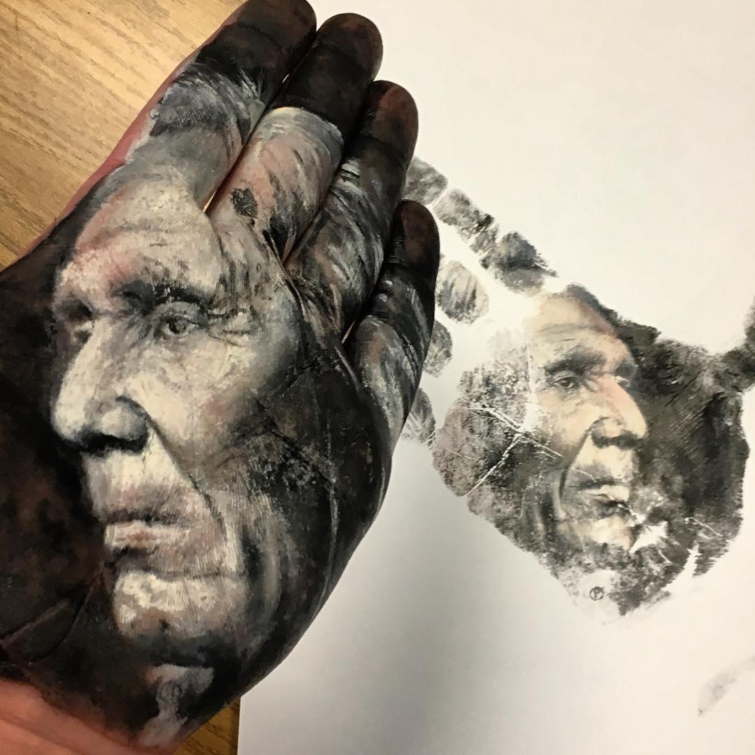 érdekes tenyér portré