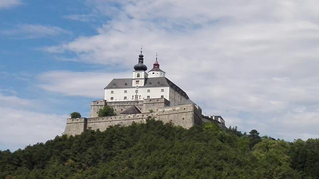vártúra kirándulás várak Burgenland