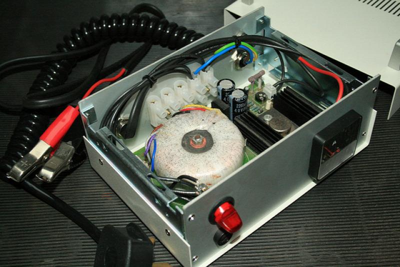 autóalkatrész  akkumulátor  motorolaj
