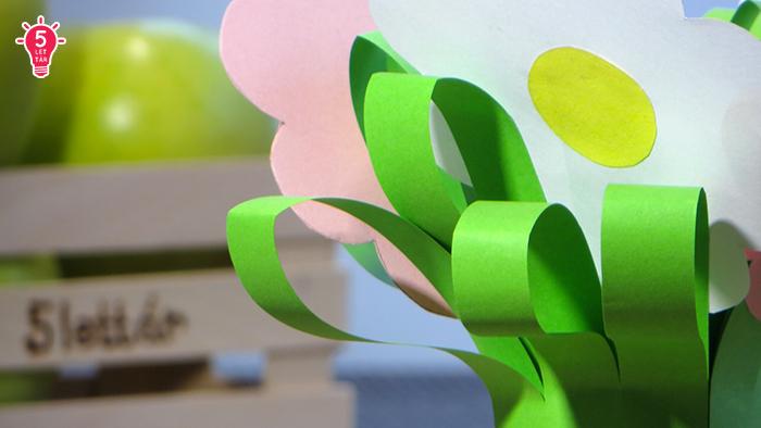 DIY ünnepek anyák napja tavasz könnyű olcsó ajándék asztaldísz gyerekekkel gyors kreatív ötletek papír virág