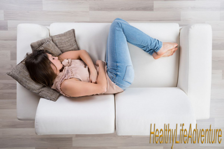 menstruáció progeszteron ösztrogén hormon nemi ciklus vérzés mellérzékenység hasfájás ösztrogéndominancia batárcserje Vitex agnus-castus depresszió alvászavar PMS premenstruációs szindróma
