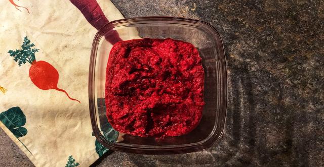 recept reggeli táplálkozás immunerősítő fokhagyma cékla zöldségkrém vegetáriánus kiemelt diétás görög joghurt