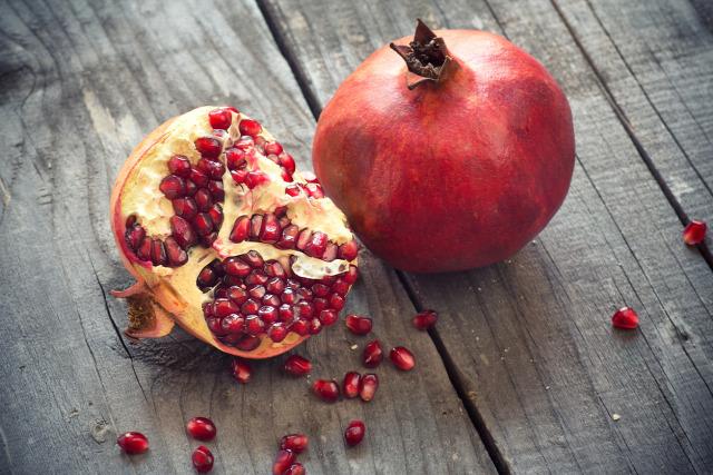 gránátalma táplálkozás gránátalma jótékony hatásai fogyás szupergyümölcs gyümölcs antioxidáns