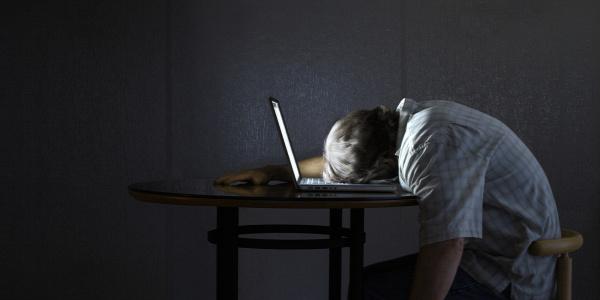 egészség mentális lista kimerültség betegség alvás jelek stressz hormon elhízás