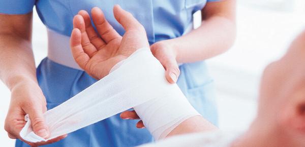 elsősegély tévhit vérzés ájulás mentő egészség