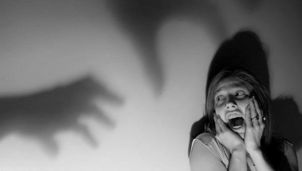sokkoló  egészség mentális fóbia agy félelem