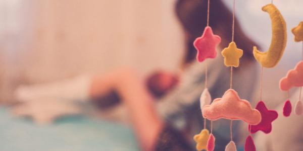 anya anyaság szülés csecsemő baba gyermek nő test lélek házasság párkapcsolat apa mozgásfejlődés szeparációs szorongás sorstárs spontaneitás szexuális élet őszintén