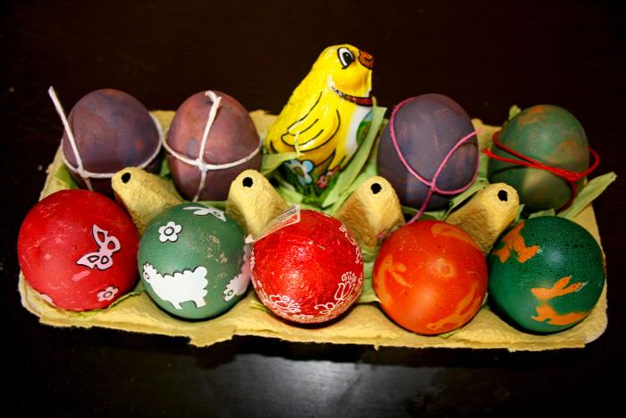 húsvét dekoráció dekor tojásfestés házilag homemade kreatív színes ételfesték diy