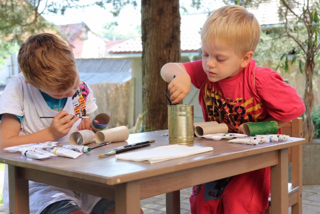 DIY csináldmagad gyerekkel Wc-papír guriga papír festés