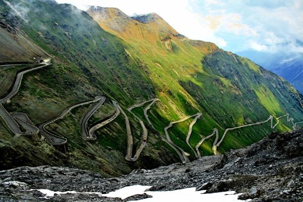 utazás érdekesség veszélyes út közlekedés halál baleset áldozat