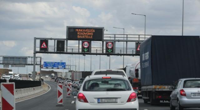 autópálya felújítás torlódás baleset