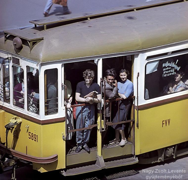 közösségi közlekedés  tömegközlekedés  retro  Budapest  BKK  BKV  VT Arriva