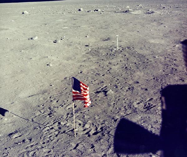 Apollo Apollo-11 Michael Collins Buzz AldrinColumbia Sas Hold Neil Armstrong