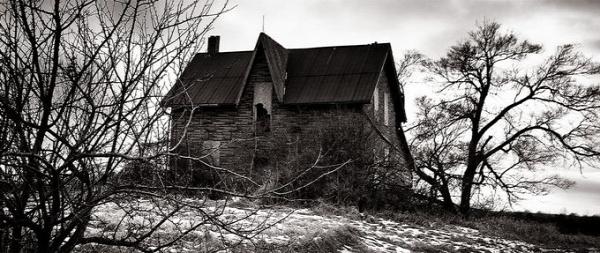 szellemek kísértetek szellemjárta ház jelek ouija
