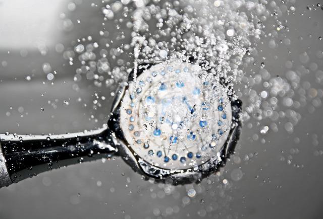 zuhanyzás hányszor?