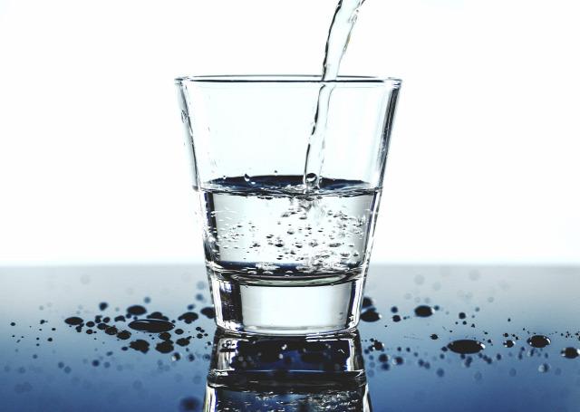 víz folyadék folyadékbevitel