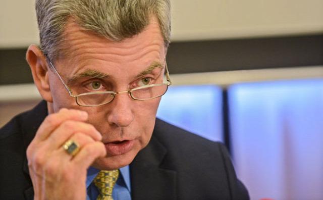 Magyar Orvosi Kamara 1001 orvos hálapénz nélkül Éger István veszprémi nőgyógyász hálapénz